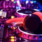 headphones_wordpress-radio-theme-0202